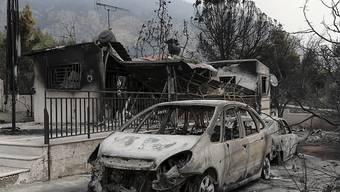 Verheerende Waldbrände nahe von Athen. In der Region wurde der Notstand ausgerufen.