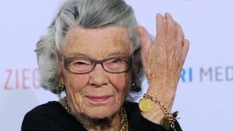 Jedem bekannt, wenn auch nur vom Namen her: Die britische Schriftstellerin Rosamunde Pilcher ist im Alter von 94 Jahren gestorben. (Archivbild)
