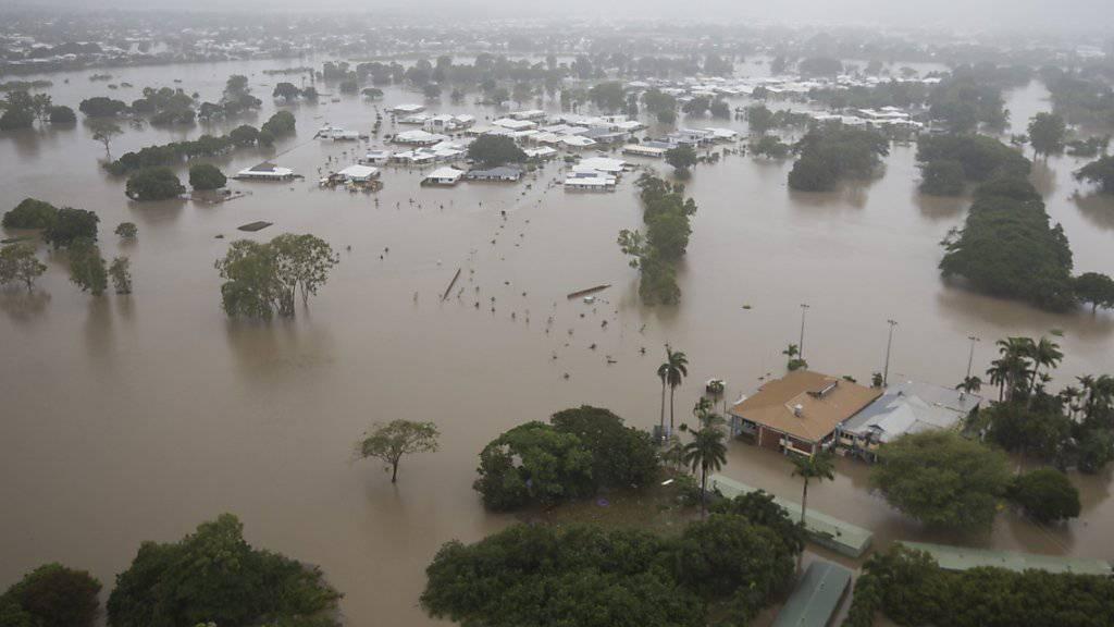 Jahrhundertflut im australischen Bundesstaat Queensland:  Die Küstenstadt Townsville steht unter Wasser.