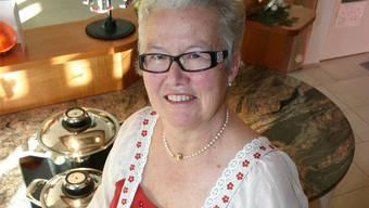 Die Aescher Landfrau Maria Gut setzt bei ihrem Weihnachtsmenü auf traditionellen Kartoffelsalat und modernen Cheesecake. Alex Rudolf