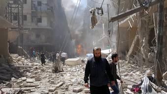 Die Lage in der geteilten syrischen Stadt Aleppo wird nun auch der UNO zu brenzlig: Sie zieht Mitarbeiter ab. (Archiv)