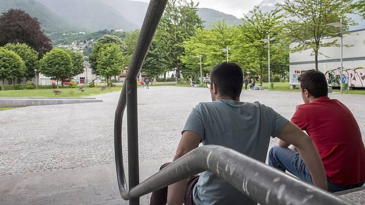 Schweizer Jugendlichen bereitet die Altersvorsorge die grössten Sorgen.
