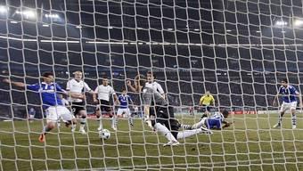 Schalke - Valencia: Gavranovics Tor zum 2:1