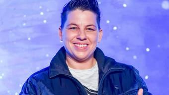 """Ein Song für alle LGBTIQ-Fans: Sängerin Kerstin Ott ist """"soooooo stolz!"""", ihren Titel """"Regenbogenfarben"""" auch als Duett mit Schlagersängerin Helene Fischer präsentieren zu können. (Archivbild)"""