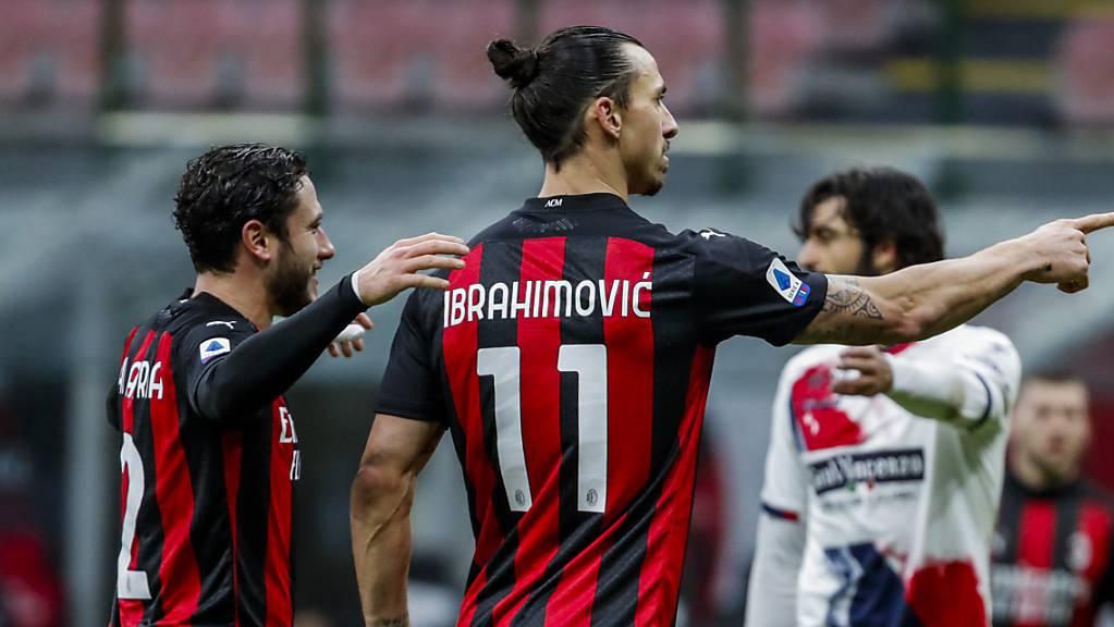 Zlatan Ibrahimovic trifft für Milan gegen Crotone zwei Mal.