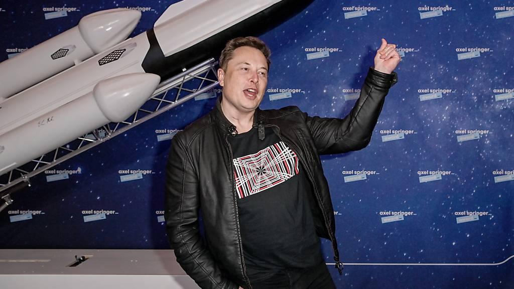 Ein Tweet von SpaceX-Besitzer und Tesla-Chef Elon Musk verleiht Bitcoin Schub.  (Archiv)