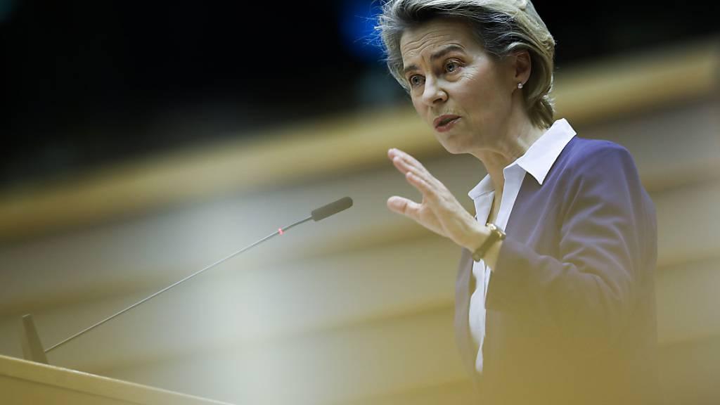 Impfstoff-Streit: Von der Leyen telefoniert mit Astrazeneca-Chef