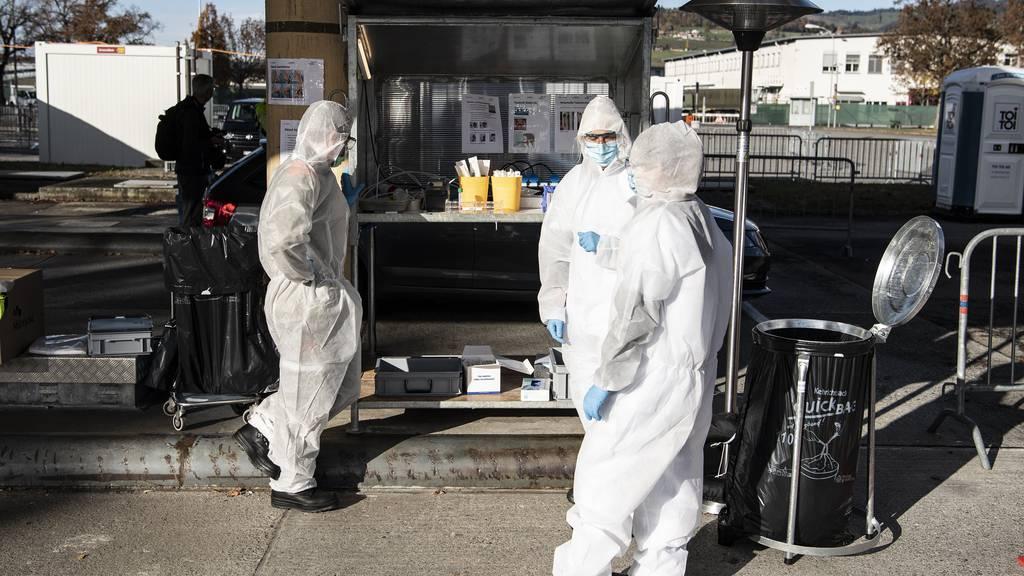 Weniger Tests über die Feiertage: Kanton Bern meldet 206 neue Fälle und sechs Tote