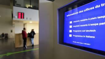 In Berufsarten mit überdurchschnittlich hoher Arbeitslosigkeit müssen ab Juli 2018 offene Stellen der Arbeitsvermittlung gemeldet werden. (Symbolbild)