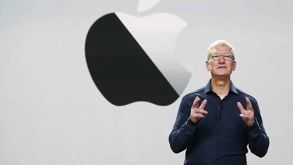 Apple-Chef Tim Cook dürfte an der mit Spannung erwarteten Produktpräsentation am morgigen Dienstag ein neues iPad präsentieren. Das Tablet ist in der Coronakrise ein Verkaufsschlager.(Archivbild)