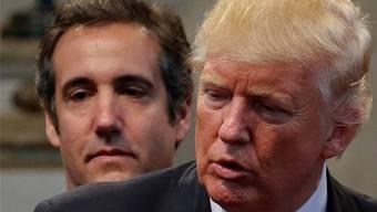Anwalt Michael Cohen (links) mit seinem früheren Arbeitgeber Donald Trump.