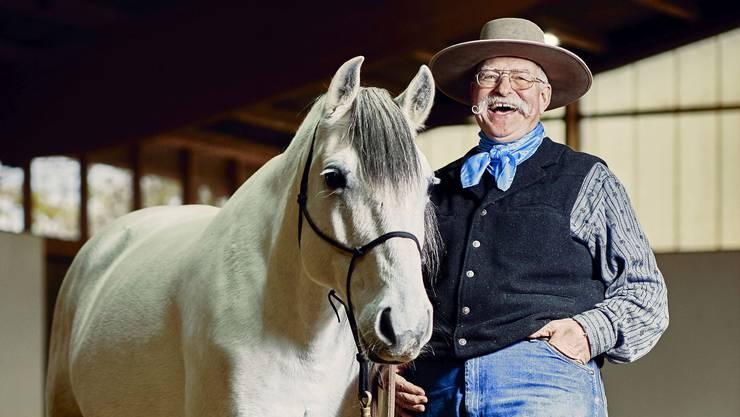Berni Zambail ist in den USA ausgebildeter Cowboy. Die Arbeit mit Pferden ist seine Berufung.