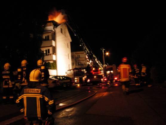 In Bettlach brannte ein Mehrfamilienhaus.