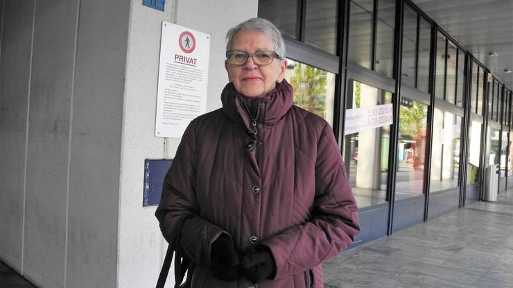 Rosmarie Huber, 76, Dietikon