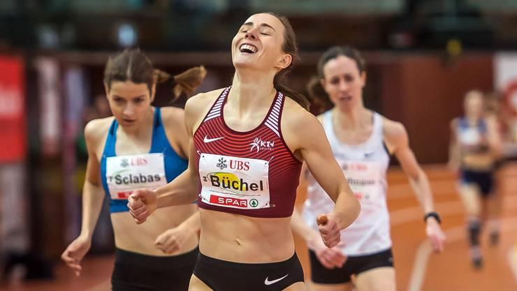 Grosse Freude bei der Zielüberquerung: Selina Büchel. (Bild: Michel Canonica)