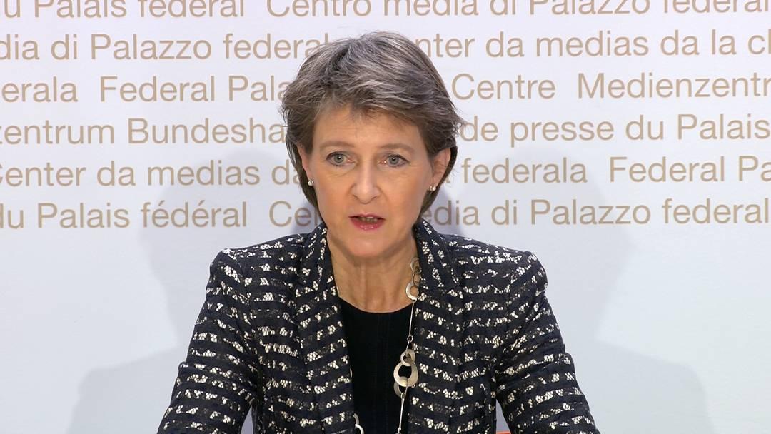 Bundespräsidentin Simonetta Sommaruga: «Über grösseren wirtschaftlichen Schaden sprechen müssen – das will niemand» (18.10.2020)