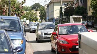 Der tägliche Wahnsinn: Verkehrschaos in Birsfelden. (Archivbild)