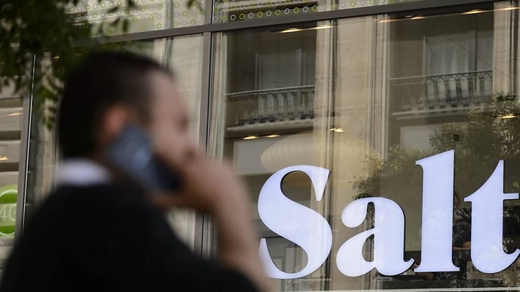 Salt fährt deutlich mehr Umsatz und Gewinn im Halbjahr ein