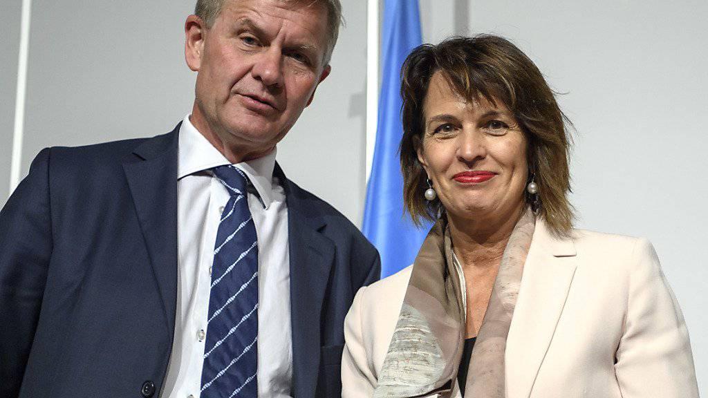 Erik Solheim, Chef des UNO-Umweltprogramms (UNEP) und Bundespräsidentin Doris Leuthard an der ersten Konferenz der Vertragsstaaten der Minamata-Konvention in Genf.