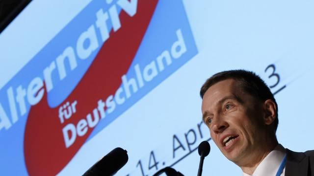 Wirtschaftsprofessor Bernd Lucke am Gründungsparteitag der Alternative für Deutschland (AfD)