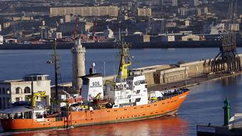 """Die Staatsanwaltschaft von Catania untersucht, ob vom Migranten-Schiff """"Aquarius"""" illegal Abfälle entsorgt worden sind. Dem Schiff droht die Konfiszierung. (Archiv)"""