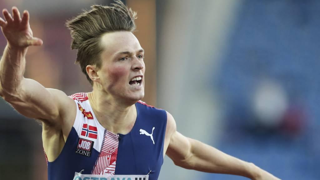 Karsten Warholm läuft Weltrekord in 46,70