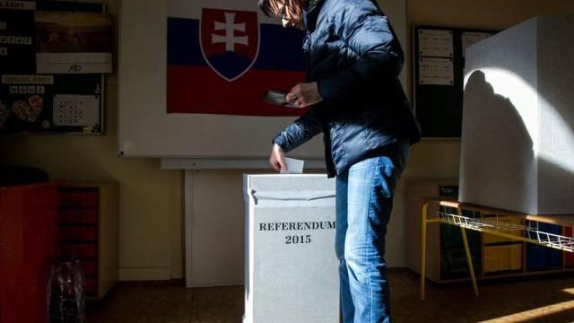 Wer wählen ging, stimmte meist für das Referendum