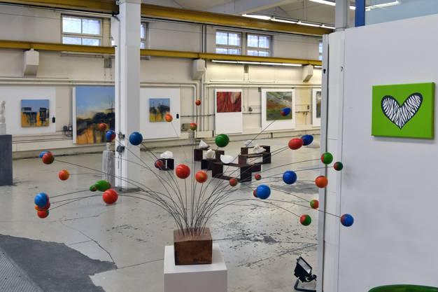"""Der """"Kugelbaum"""" von Barbara Mäder."""