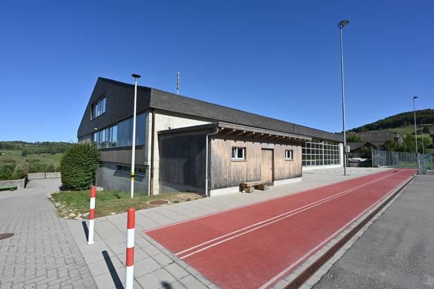 Vor rund vierzig Jahren wurde das Schulhaus von Kienberg gebaut, seither gab es nie eine grössere Renovation.
