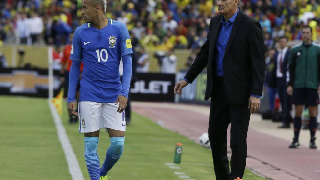 Konnte sich in Quito auf seinen Starspieler Neymar verlassen: Brasiliens neuer Nationaltrainer Tite (rechts)