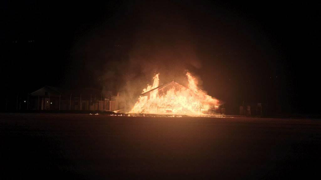 Schuppen in Ausschaffungszentrum von Granges durch Brand zerstört