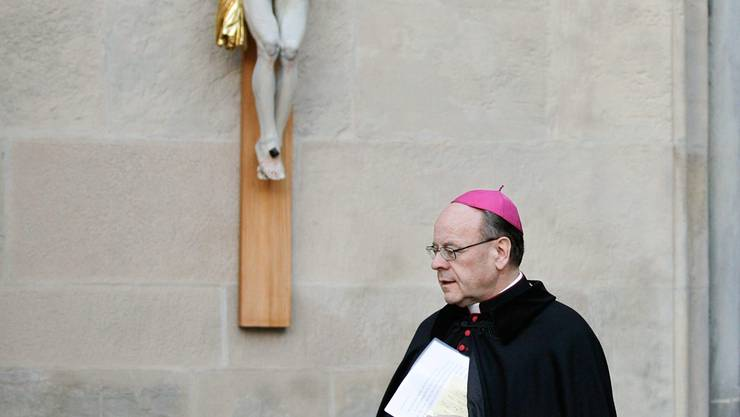 Gemäss Bischof Huonder entscheidet Gott über den Tod: «Freiwillige Beihilfe zum Selbstmord verstösst gegen das sittliche Gesetz.»