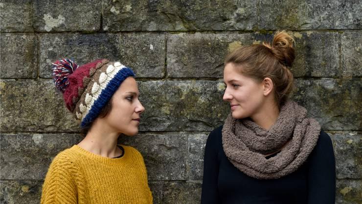 Maren Gamper (l.) und Viviane Hasler möchten mit der Zweierbesetzung eine intime Atmosphäre kreieren.zvg/renate berger