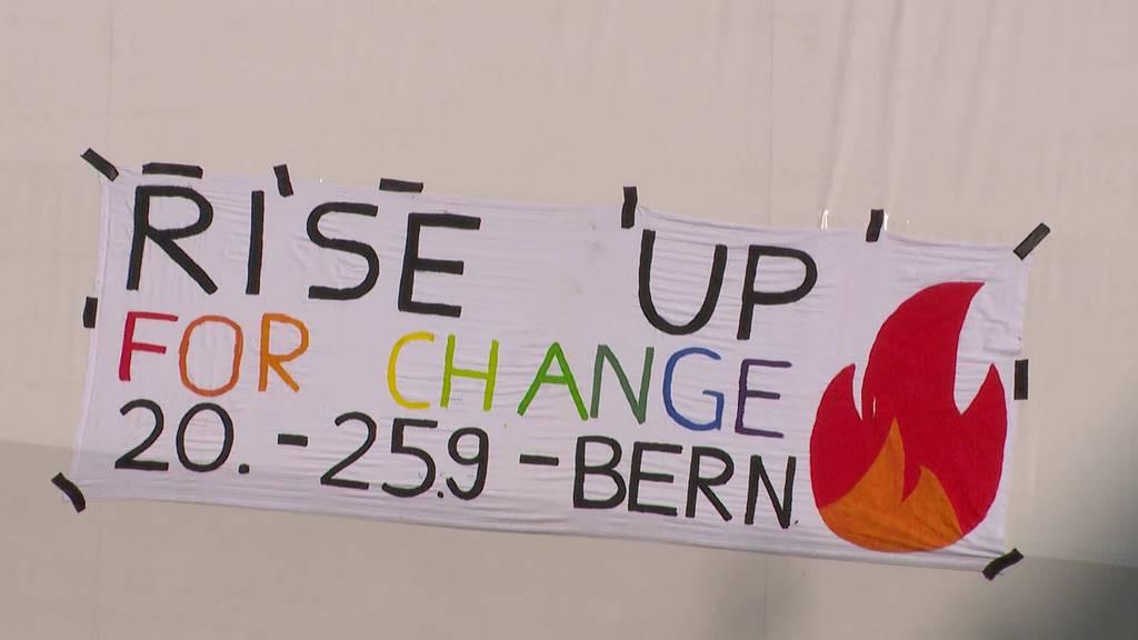 Protest: Klimademonstration vor Bundeshaus