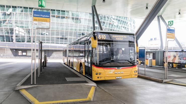 Künftig sollen vermehrt Postautos ohne Dieselantrieb unterwegs sein.