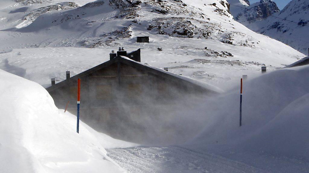 Wegen zu stürmischem Wind musste das Skigebiet Melchsee-Frutt im Kanton Obwalden den geplanten Saisonstart verschieben. (Archivbild)
