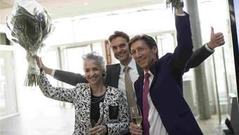 Das Verliererimage abgelegt und gewonnen: Neuregierungsrätin Carmen Walker Späh, Kantonalpräsident Beat Walti und Regierungsrat Thomas Heiniger. KEY