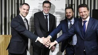 Aus Unzufriedenheit über den politischen Umgang ihrer jeweiligen Regierungschefs mit der EU haben die Bürgermeister von Budapest, Warschau, Prag und Bratislava eine Allianz geschmiedet. Der Budapester Bürgermeister Gergely Karacsony (2. von links) empfing seine Amtskollegen am Montag.
