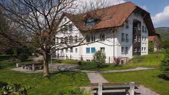 Das Alters- und Pflegeheim Stapfenmatt in Niederbuchsiten ist noch bis Ende Mai in Betrieb. Bruno Kissling