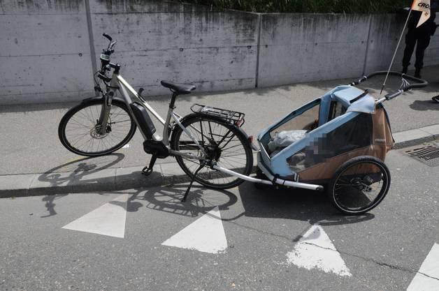 Die Fahrradlenkerin kam zu Fall und wurde leicht verletzt.