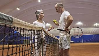 In der Schweiz würden sich viele Menschen gerne vorzeitig pensionieren lassen. Das zeigt das Vorsorgebarometer der Genossenschaftsbank Raiffeisen.(Symbolbild)