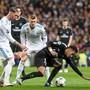 Ohne seinen verletzten Superstar Neymar (rechts) muss Paris Saint-Germain im Achtelfinal-Rückspiel gegen Real Madrid das Ruder herumreisen