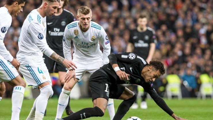 Paris Saint Germain Gegen Real Madrid In Rücklage Fussball Sport