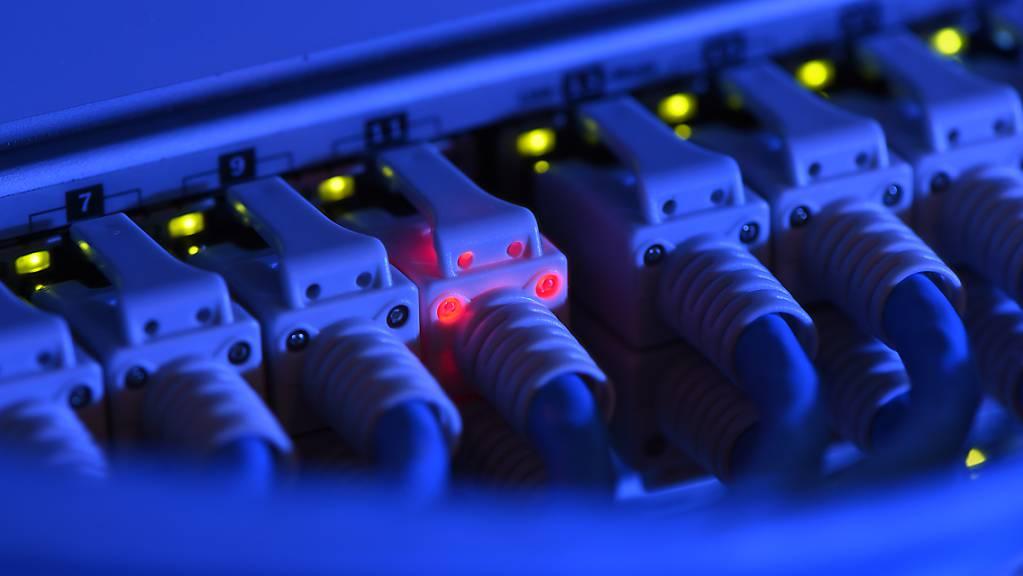 Eine Panne im Netzwerk des US-Unternehmens CenturyLink hat zu mehrstündigen Ausfällen von Internet-Diensten in den USA und Europa geführt. (Symbolbild)