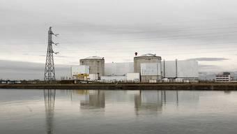 Im Erdbebengebiet und unterhalb der Wasserlinie: Frankreichs dienstältester Atommeiler Fessenheim sorgte lange für rote Köpfe. Nun wird er abgeschaltet.