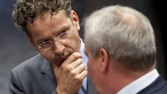 Eurogruppen-Chef Dijsselbloem im Gespräch mit Amtskollegen