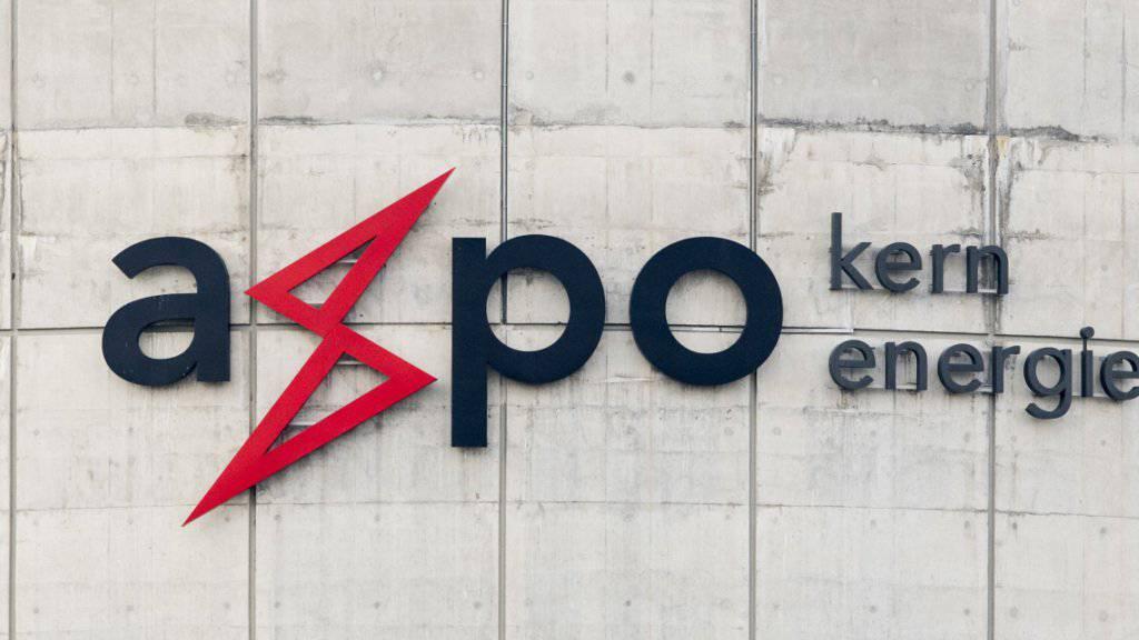 Der Energiekonzern Axpo kann noch nicht von den anziehenden Strompreisen profitieren. Denn erst im kommenden Jahr laufen die aktuellen Absicherungsgeschäfte von 2016 aus. (Archiv)