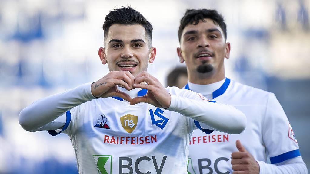 Lucas Da Cunha (links) kann seine Freude nach dem 2:0 nicht verhehlen. Auch Cameron Puertas (rechts) freut sich.