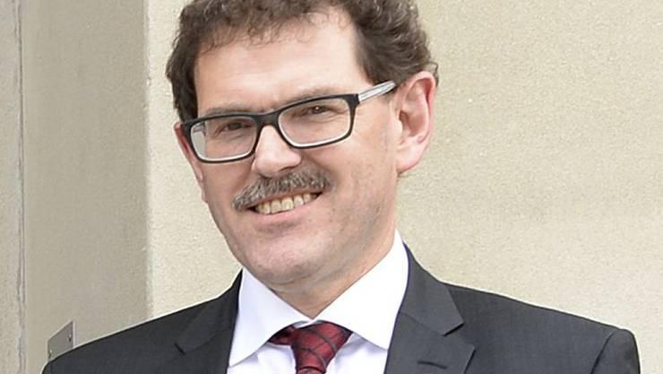 Die Thurgauer SVP schickt Regierungsrat Jakob Stark in den Ständerats-Wahlkampf. Der 1958 geborene Finanzdirektor soll im kommenden Herbst den SVP-Sitz des zurücktretenden Roland Ebrle in der Kleinen Kammer verteidigen.