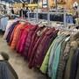 In der Schweiz sollen Einfuhrzölle aufgehoben werden, unter anderem auf Kleidern. Das hat der Bundesrat entschieden. (Archivbild)
